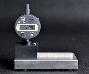 Thiết bị đo độ sâu, chiều cao mép lon CG-D AT2E Việt Nam